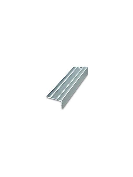 Schodová hrana vŕtaná 24,5x20 mm, dĺžka 2,70 m, kovodekor